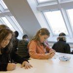 Dobra jakość powietrza w szkołach zwiększa efektywność nauki